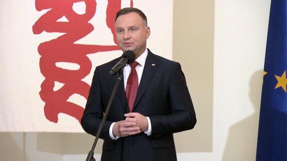 """Prezydent podpisał ustawę rozszerzającą program """"Rodzina 500 Plus"""" na każde dziecko"""