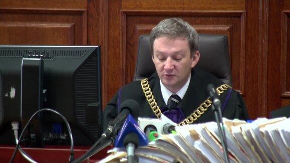 Court: No explosives involved in Smolensk crash