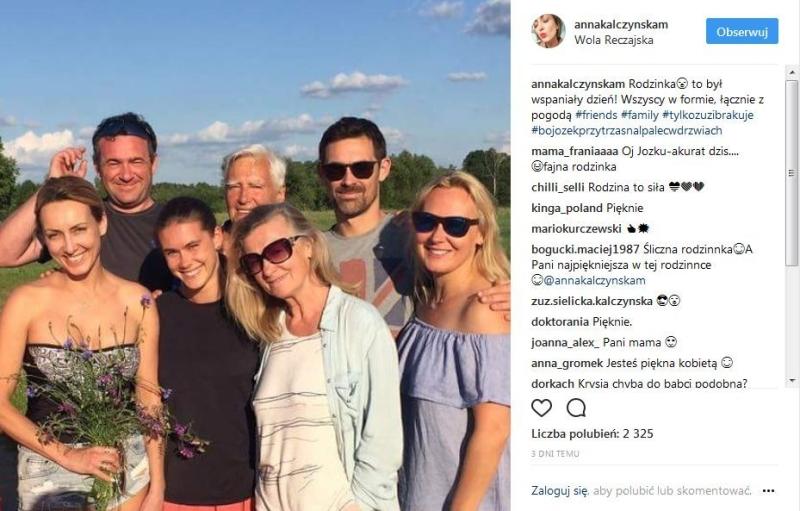 Anna Kalczyńska z mężem i rodziną