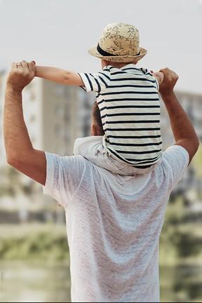 """2019-12-04 """"Nastoletni tatuśkowie - łatwo nie jest"""", czyli jak być ojcem"""