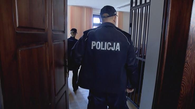 Nastolatek spod Piotrkowa miał zgwałcić 9-letniego chłopca