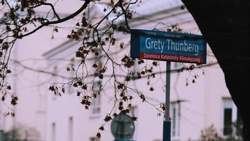 """Skwer Grety Thunberg w Warszawie. """"Żądamy ogłoszenia przez władze alarmu klimatycznego"""""""
