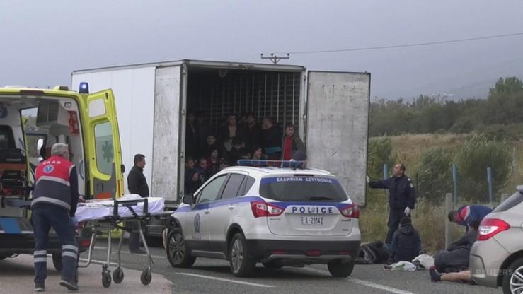 41 migrantów ukrywało się w ciężarówce-chłodni. Niektórzy trafili do szpitala