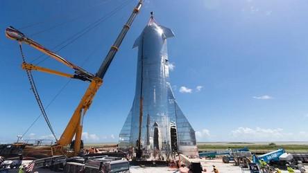 Kolejny prototyp statku Starship niebawem gotowy do lotu na 20 kilometrów [FILM]