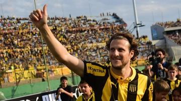 Forlan rozpoczyna trenerską karierę. Objął legendarny klub