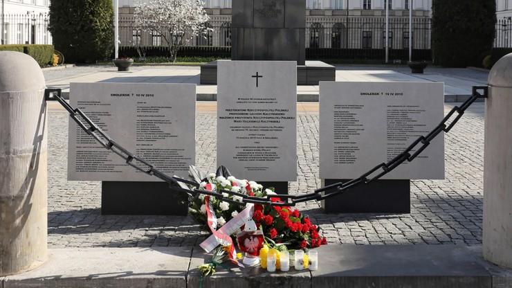 """""""Byliśmy zjednoczeni przez chwilę"""". Politycy wspominają katastrofę Tu-154"""