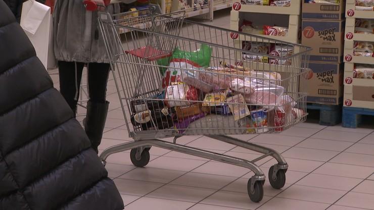 Sprzedaż ryżu wzrosła o 95 proc., mąki o 84 proc. Polacy robią zapasy