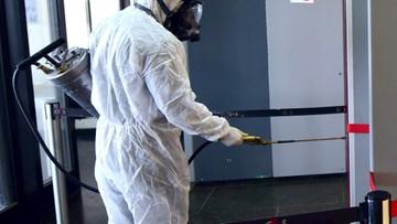 Roboty będą zwalczać koronawirusa w hongkońskim metrze