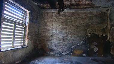 Gminny lokator doprowadził do pożaru. Kto zapłaci za remont?