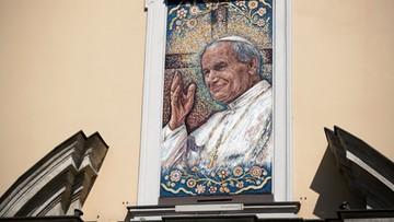 15. rocznica śmierci Jana Pawła II. Premier: symbol nadziei i wiary w polską solidarność