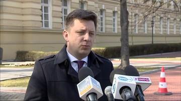 Szef KPRM: premier ogłosi we wtorek kolejne ograniczenia związane z koronawirusem