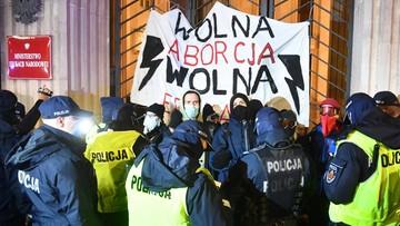 """Kolejny dzień protestów Strajku Kobiet. """"Blokada Warszawy"""""""