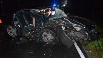 Wypadek pod Złotowem. Nie żyje 20-latka, kierowca uciekł