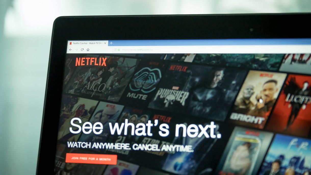 Setki tysięcy użytkowników Netflixa co miesiąc płaci subskrypcję, ale nie korzysta z kont