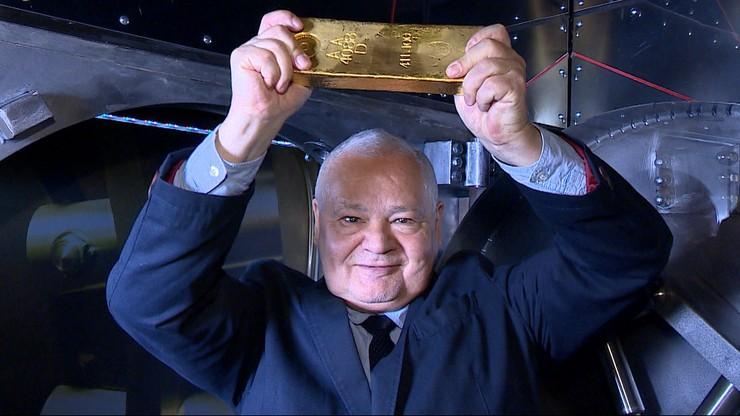 """100 ton rezerw złota wróciło do Polski. """"Mamy go tyle, co cywilizowane kraje"""""""
