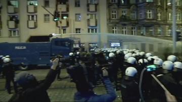 Hasła antysemickie i race na Marszu Polaków we Wrocławiu. Użyto armatek wodnych