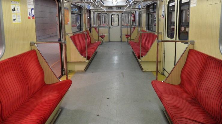 Awaria metra w Warszawie. Pociąg utknął w tunelu