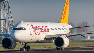 Ewakuacja samolotu w Düsseldorfie. Zapaliło się jedno z kół maszyny