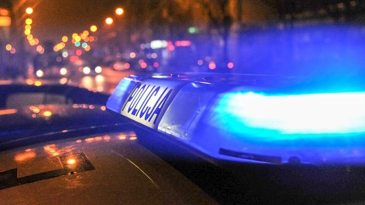 Zatrzymano mężczyzn, którzy przejechali policjanta, a drugiemu złamali rękę