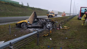 Lamborghini Gallardo rozbite na polskiej autostradzie. Pożar sportowego auta