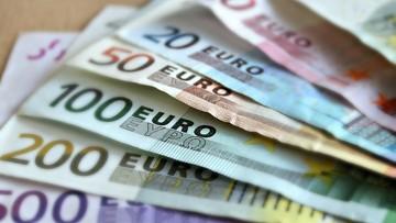 Tańsze przelewy w euro. Nowe przepisy w UE