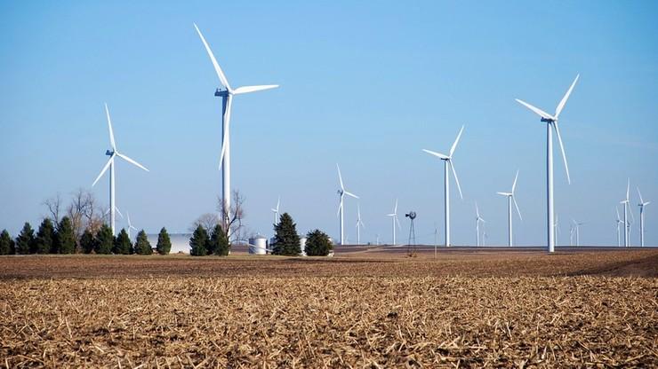 Złom z turbin wiatrowych zasypie Niemcy