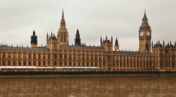 Przedterminowe wybory w Wielkiej Brytanii. Izba Gmin rozwiązana