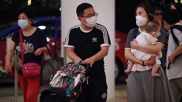 Wbrew doniesieniom chińskie Wuhan nie jest odcięte od świata. Nowe ofiary koronawirusa