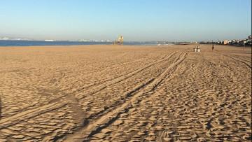 Rozbili obozowisko na plaży. Chcieli zakazić koronawirusem lokalną społeczność