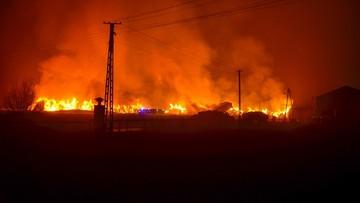 Podpalił stodołę i 4000 bel słomy. Z dymem poszło pół miliona złotych