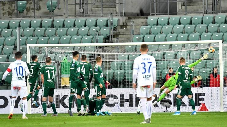 PKO Ekstraklasa: Remis Śląska Wrocław z Lechem Poznań. Piękny gol Jevticia