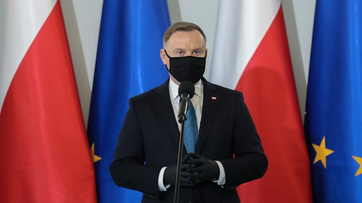 Polacy przeciwni prezydenckiemu projektowi ws. aborcji