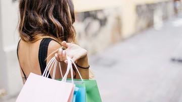 Kobiety dominują w uzależnieniu od zakupów, mężczyźni - od hazardu
