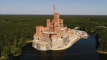 Szef MSWiA chce odwołania wojewody, który nie uchylił pozwolenia na budowę zamku
