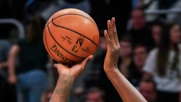 NBA: Rockets lepsi od Nuggets, zwycięstwo obrońców tytułu
