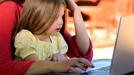 Ministerstwo Cyfryzacji w końcu zadba o sieciowe bezpieczeństwo dzieci i młodzieży