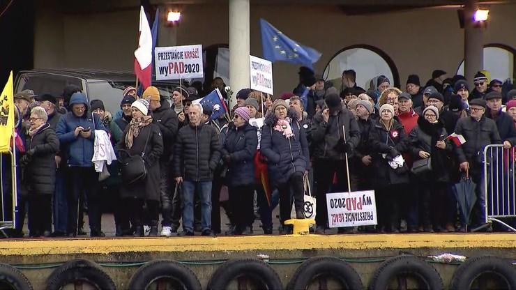 Prokuratura w 3 godziny podjęła decyzję ws. demonstracji w Pucku