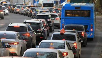 Korytarz życia i jazda na suwak. 6 grudnia wchodzą zmiany w prawie drogowym