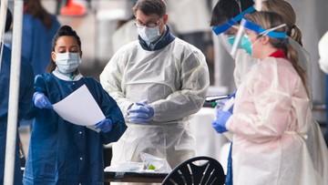 """Szpitale w Nowym Jorku za parę dni osiągną """"punkt, po minięciu którego ludzie nie będą już ratowani"""""""