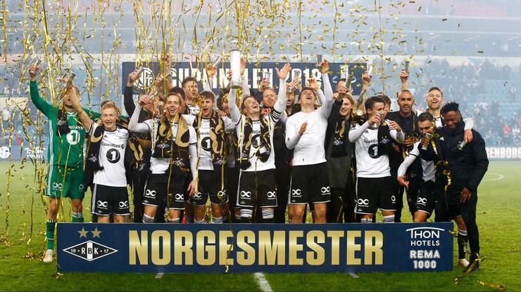 Liga norweska: Wszystkie mecze w jednym mieście lub system mundialowy