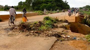 Burkina Faso: autobus z uczniami wjechał na bombę. 14 zabitych, 9 rannych
