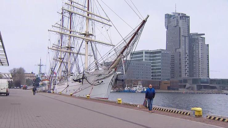 Dar Pomorza przypłynie do Gdańska