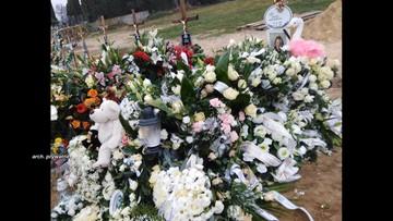 Grabarz pochował dziecko w złym grobie, a potem dokonał nielegalnej ekshumacji