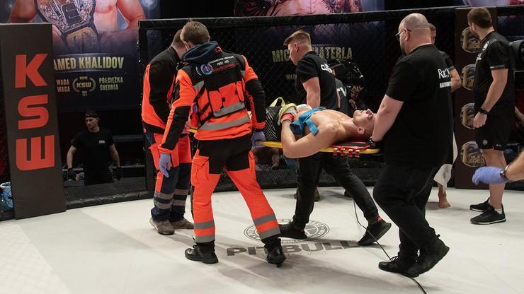 Brutalny nokaut! Wymiotujący zawodnik zniesiony na noszach (WIDEO)