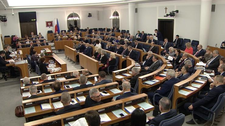 """Ustawy sądowe w Senacie. Ziobro: sądownictwo jak """"rozrośnięta, rozbuchana korporacja"""""""