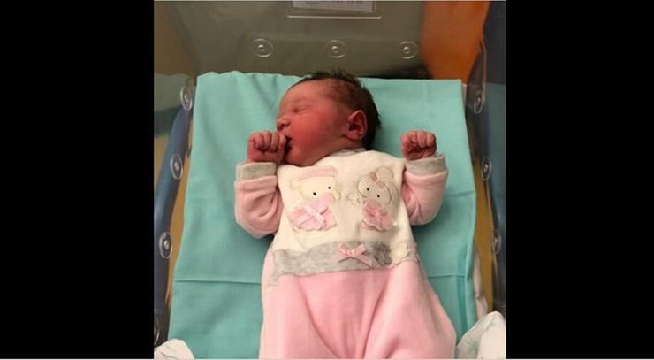 We włoskiej gminie po raz pierwszy od 7 lat urodziło się dziecko. Ma wyjątkowe imię