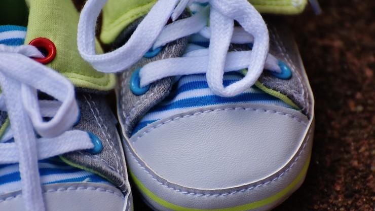 75 proc. sześciolatków obsłuży smartfona, a tylko 9 proc. zasznuruje buty