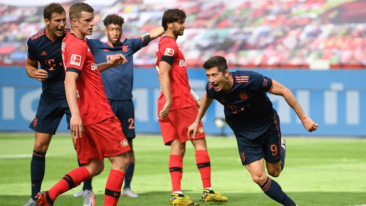 Udany rewanż Bayernu w szlagierze. Jubileuszowy gol Lewandowskiego!