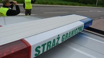 """Ponad 30 imigrantów w ciężarówce na Śląsku. """"Nie wszyscy mogli opuścić skrzynię"""""""