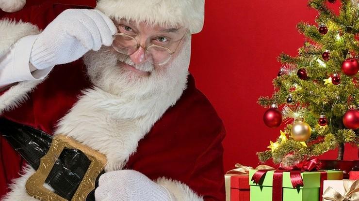 """""""Duży brzuch będzie dodatkowym atutem"""". Wiemy, ile na godzinę zarabia Święty Mikołaj"""